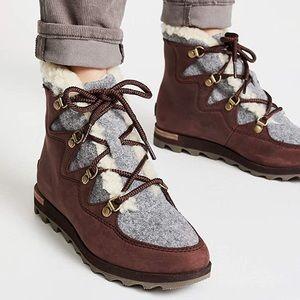 NWT SOREL Sneakchic Alpine Boot